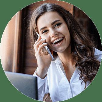 Frau glücklich, Telefon, Schnurlostelefon, Internettelefon